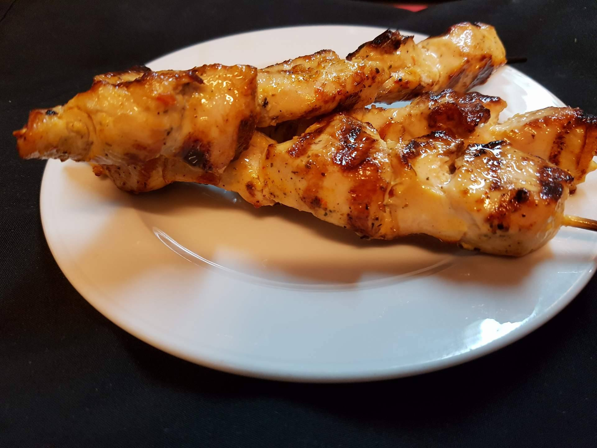 Chicken Plate Lets Meat up Greek Grill